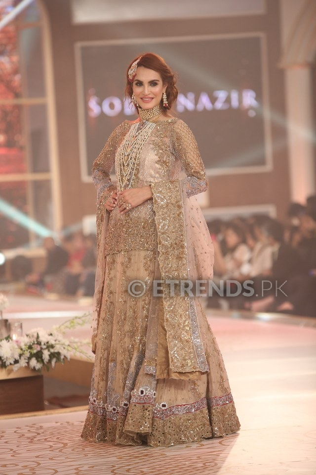 "9115015ae1 Sobia Nazir collection ""Sar-e-Sang"" at 11th Telenor Bridal Couture Week 2015"