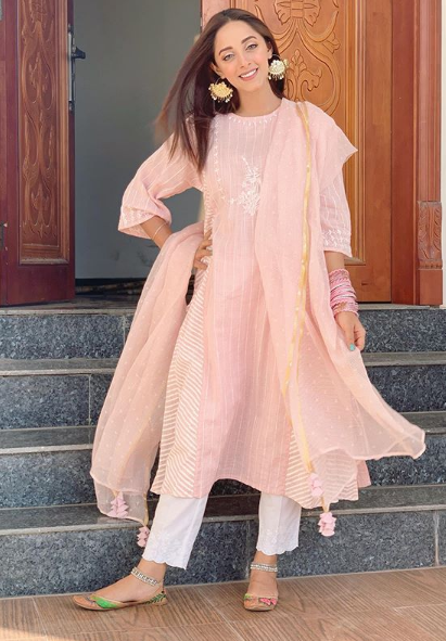 Here's how Pakistani celebrities rocked their Eid look - Etrends